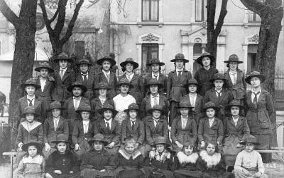 1919 Epinal Eclaireuses (et éclaireurs)