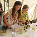 Préparation du repas en camp scout